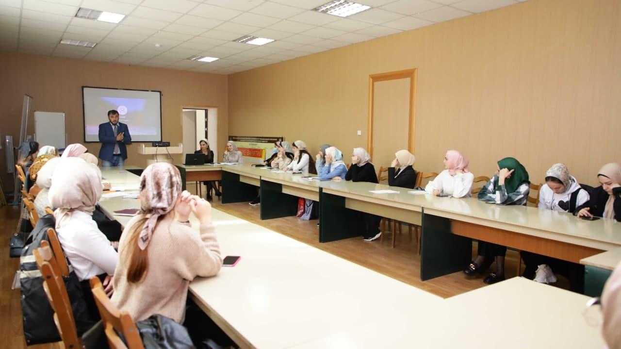 В ЧГПУ состоялся семинар «Роль СМИ в социально-психологической профилактике девиаций в молодежной среде»                Факультет технологии и менеджмента в образовании    Факультет физической культуры и спорта    Кафедра педагогики