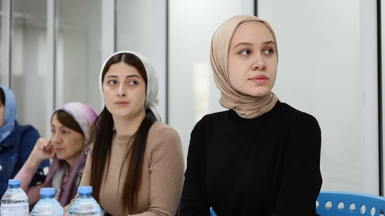 В ЧГПУ состоялся Ежегодный научно-методический семинар для учителей чеченского языка и литературы                Кафедра педагогики    ПАМЯТКА ДЛЯ ИНОСТРАННЫХ СТУДЕНТОВ    ПОДГОТОВИТЕЛЬНЫЕ КУРСЫ ДЛЯ АБИТУРИЕНТОВ 2019-2020